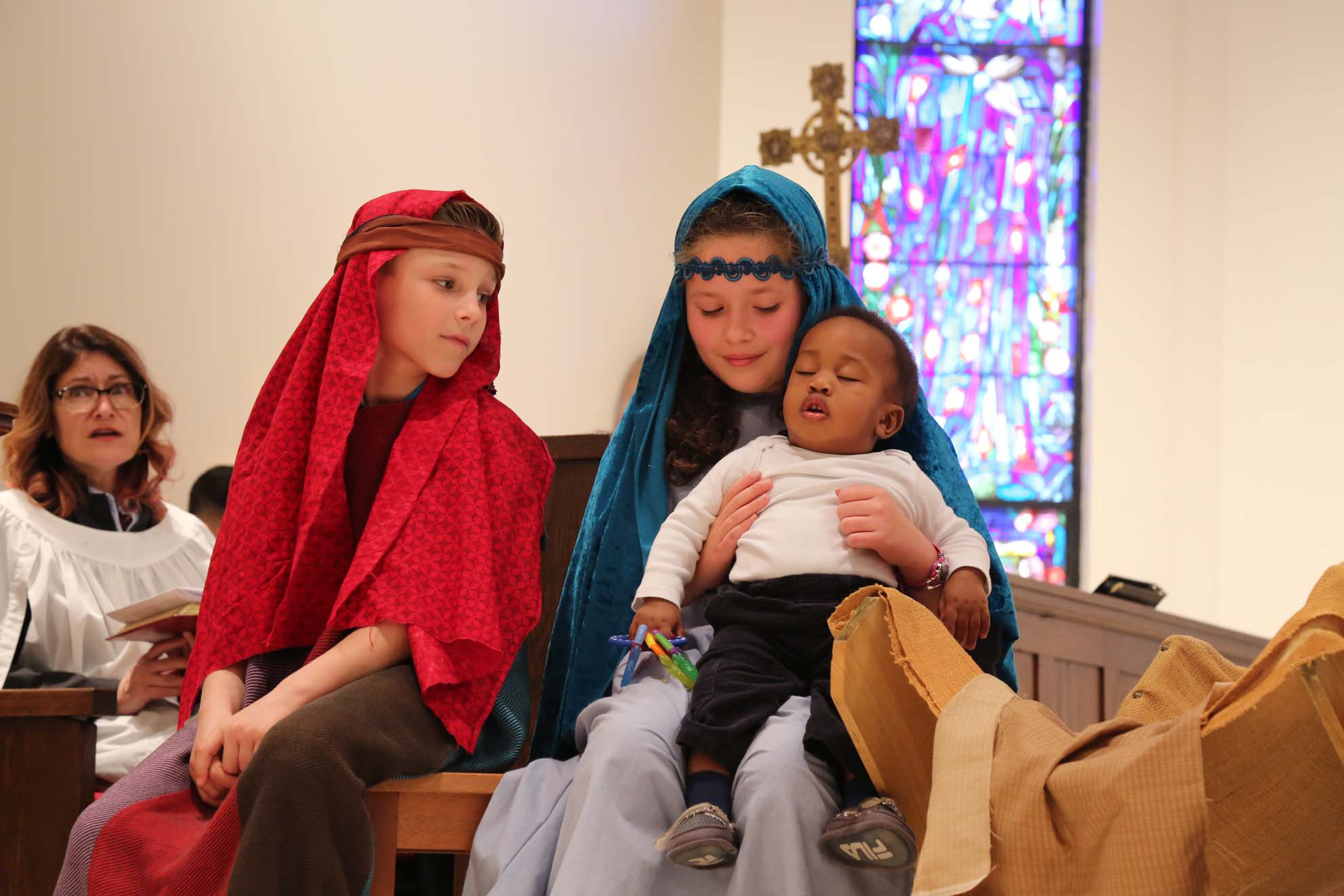 2017-12-17-Christmas-Pageant (25)